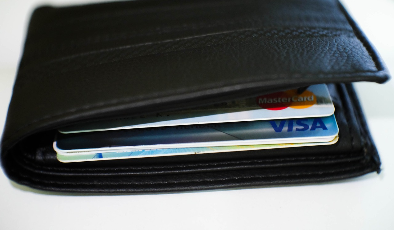 Seven simple ways to raise your credit score